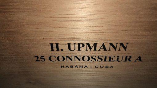 H.Upmann Connoisseur A 25